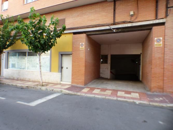 Plaza de Garaje en el centro de Campello