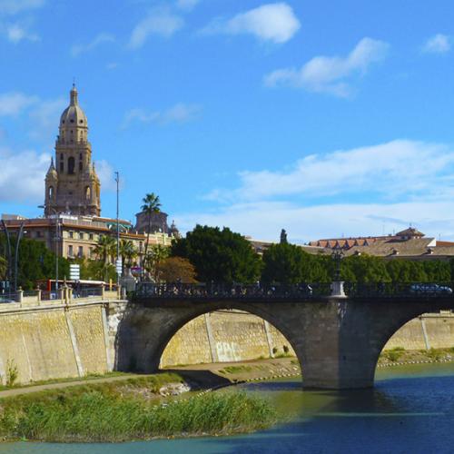 Vivir en Murcia  El rio Segura vertebrador de los barrios mas populosos de la ciudad de Murcia 600x600